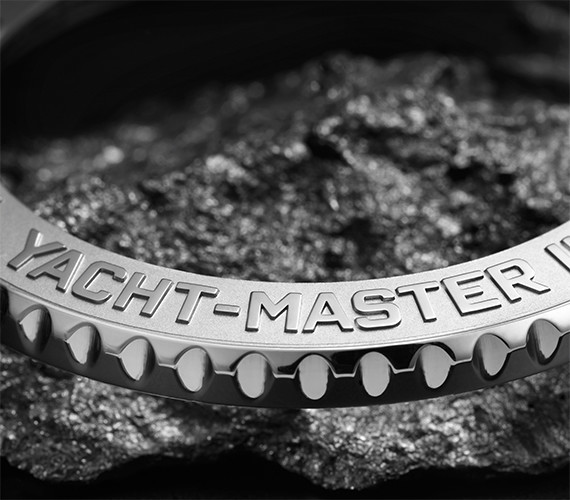 yacht-master_feature_bezel_0001__570x500